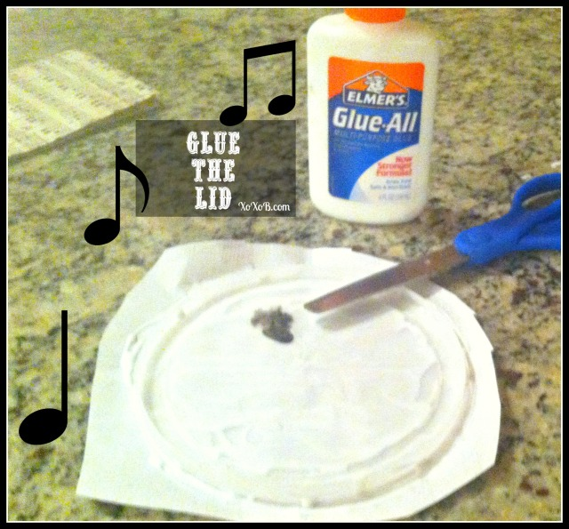 glue the lid
